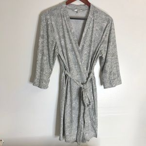 Marilyn Monroe Gray Floral Nightgown Robe S